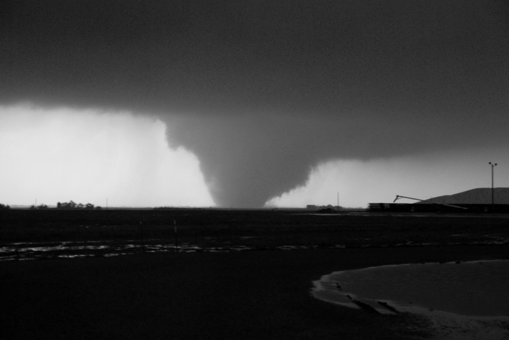 Images: quinter_tornado.jpg